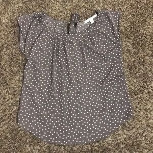 sleeve-less polkadot blouse